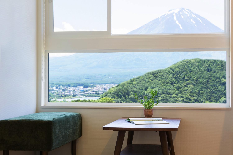富士山を借景に取り入れた住まい